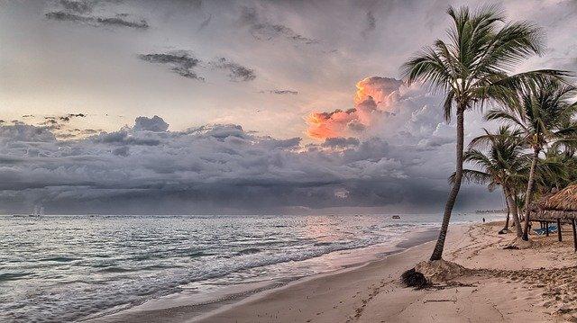 beach-1236581_640